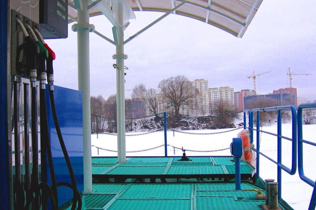 floating gas station-slavutich
